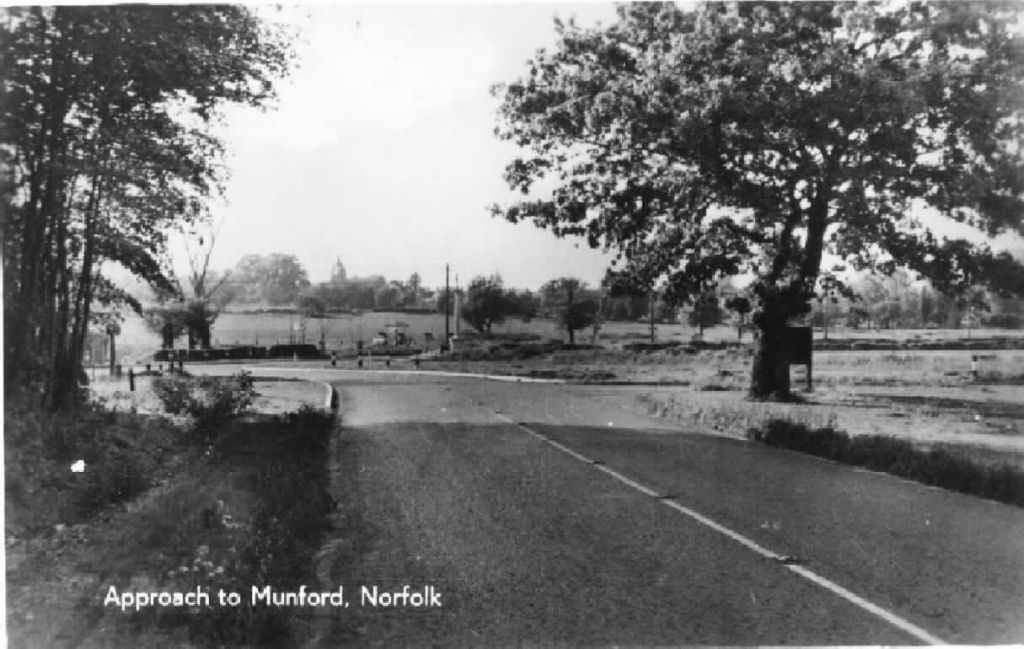 approach-to-mundford