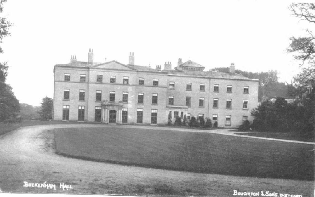 buckenham-hall-1