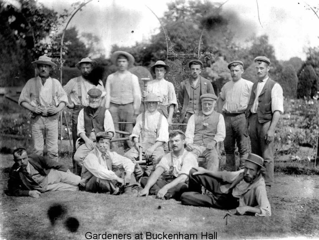 buckenham-hall-gardeners