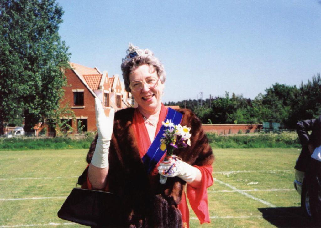 golden-jubilee-2002-3