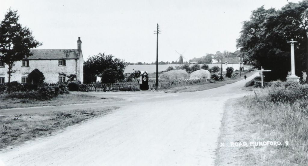 photo-of-the-cross-roads