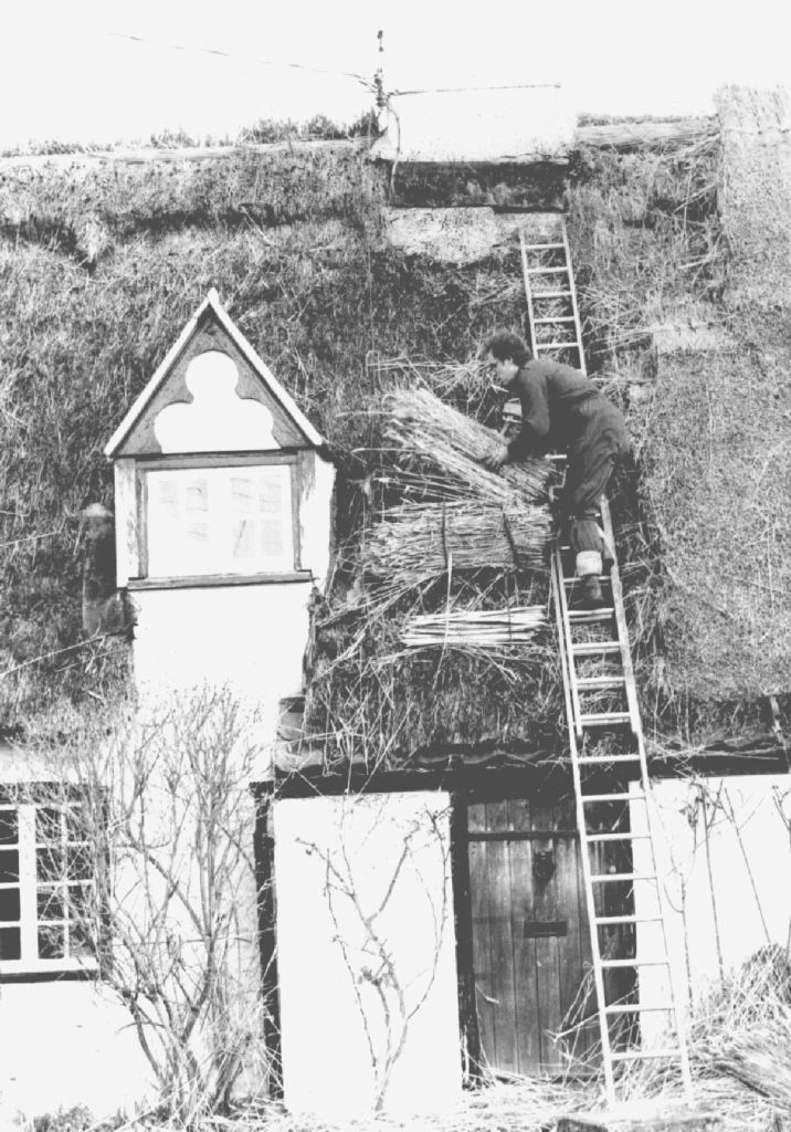 thatching-of-cottages