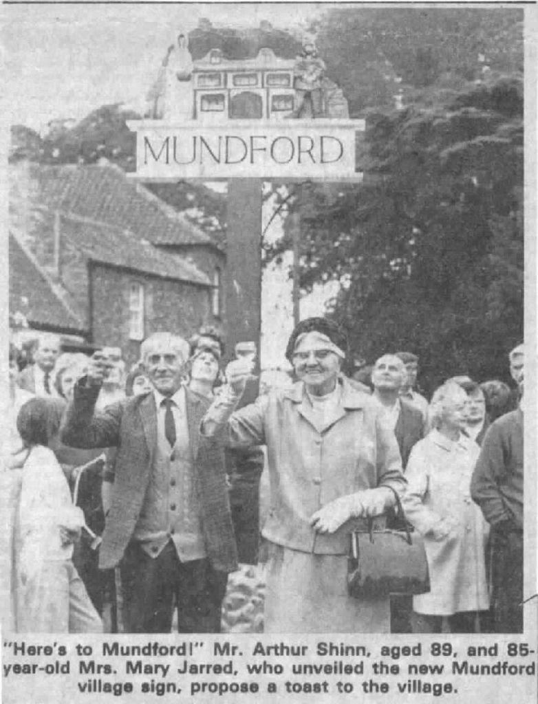 village-sign-unveilling