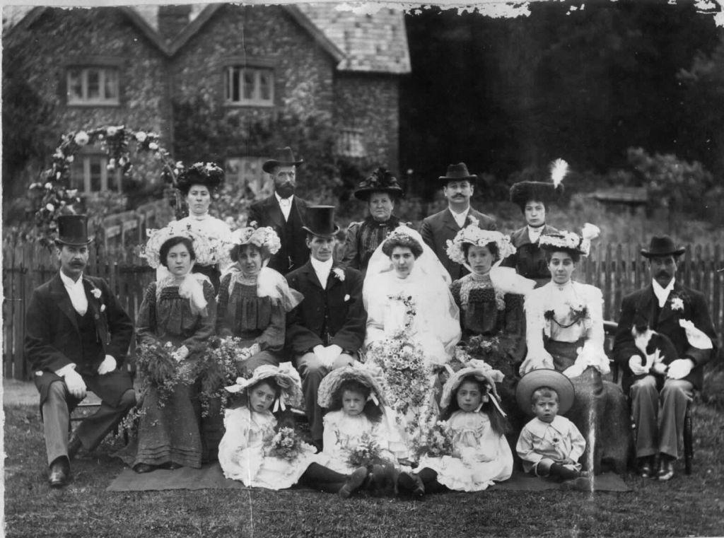 wedding-gravel-pit-cott-west-tofts2