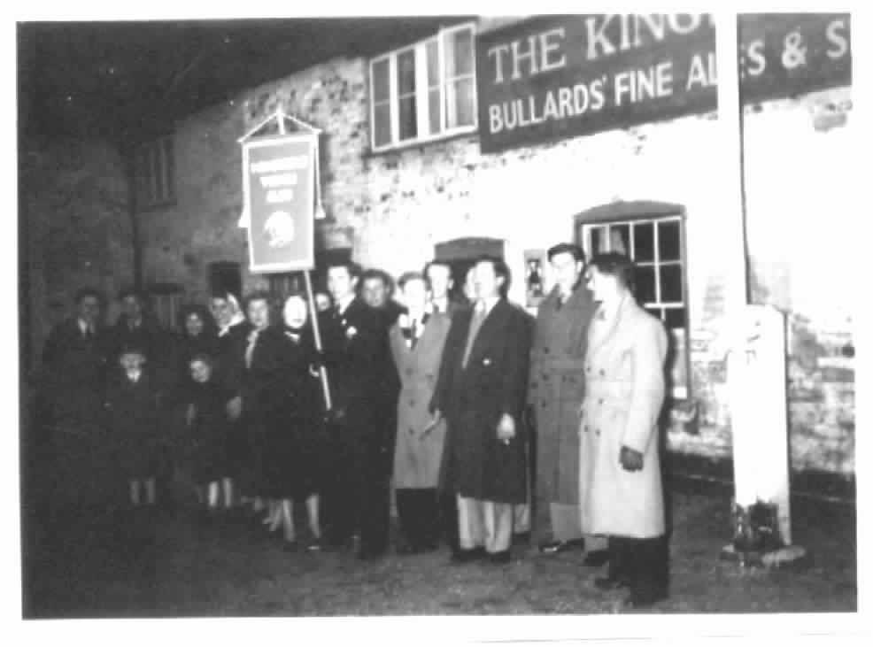 youth-club-outside-kingshead